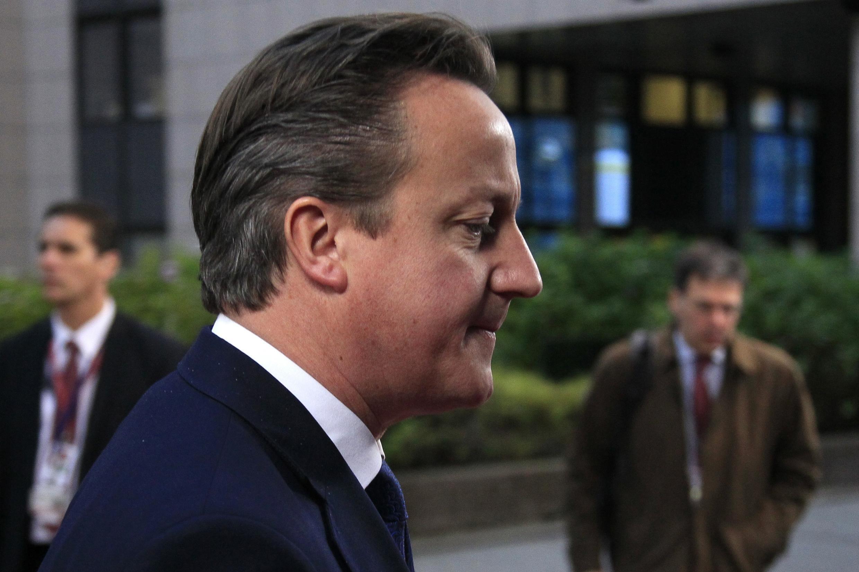 O primeiro-ministro britânico David Cameron que criou obstáculos nas negociações do orçamento da União Europeia, nesta sexta-feira (22) em Bruxelas.