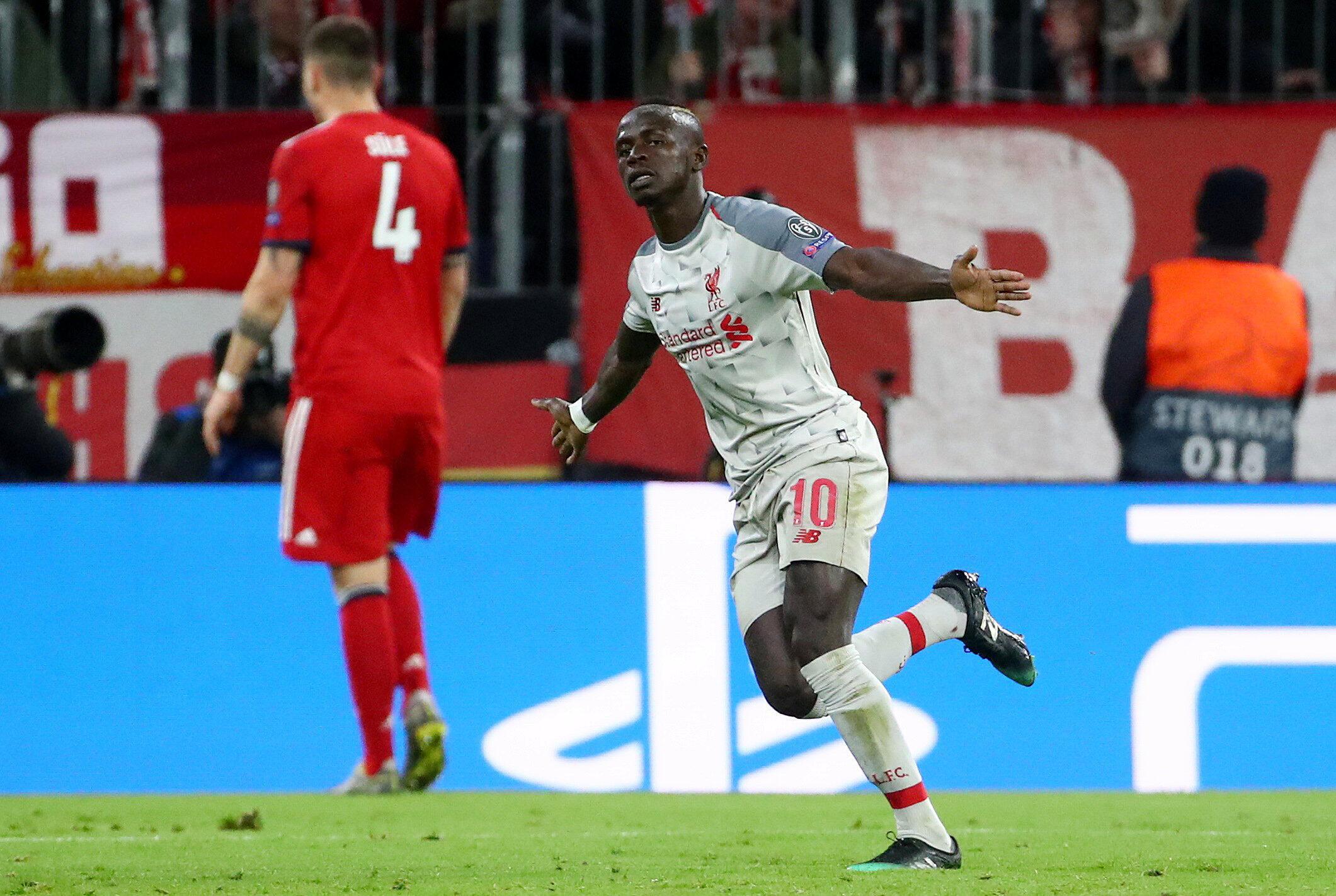 Le Sénégalais Sadio Mané fête le premier de ses deux buts pour Liverpool contre le Bayern Munich, le 13 mars 2019.