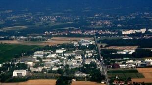 Vue aérienne du principal site du Cern, à la frontière entre la France et la Suisse, près de Genève