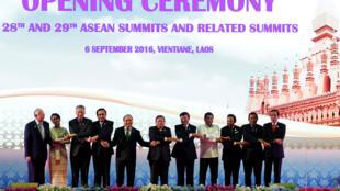 Lãnh đạo các nước tham dự phiên khai mạc Thượng đỉnh ASEAN lần thứ 29, Vientiane, Lào, ngày 06/09/2016