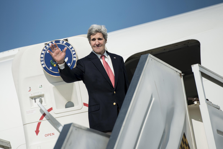 John Kerry à l'aéroport international Ben-Gourion de Tel Aviv le 6 janvier 2014.