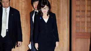 Bộ trưởng Quốc Phòng Nhật Bản Tomomi Inada viếng đến Yasukuni tại Tokyo, ngày 29/12/2016.