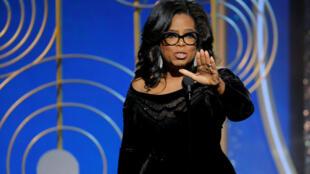 Oprah Winfrey, após receber o prêmio Cecil B. DeMille pelo conjunto de sua carreira na cerimônio do Globo de Ouro no domingo, 7 de janeiro de 2018.
