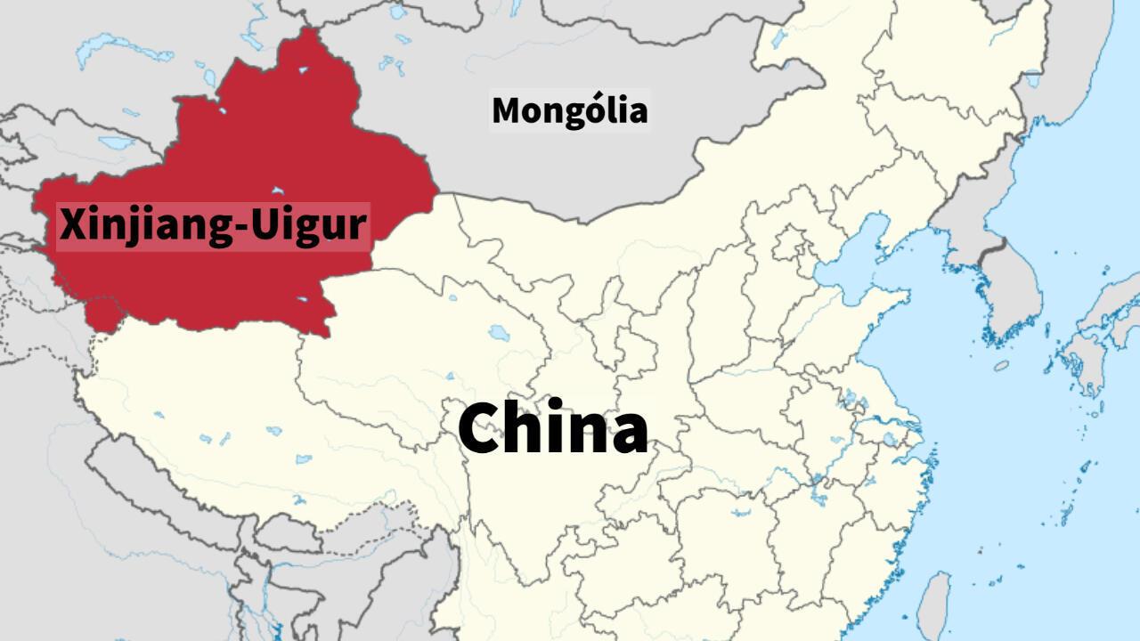 Mapa de nacionalidad de los Uigur  en Xinjiang, al oeste de China en la frontera con Mongolia