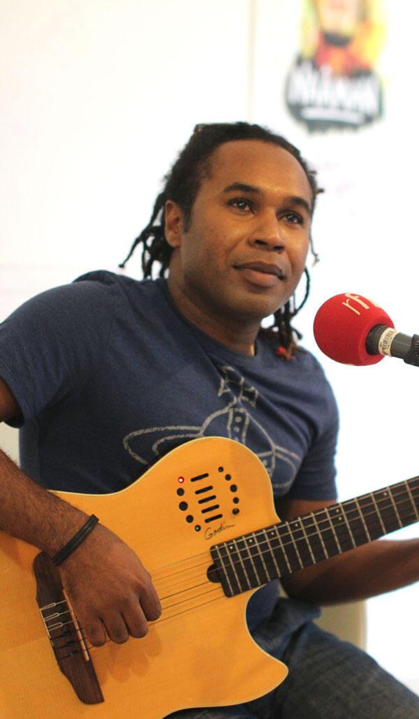 Mounawar, en studio RFI-Sakifo.