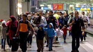رسانههای آلمانی از افزایش چشمگیر درخواست پناهندگی شهروندان ترکیه از آلمان، به ویژه بعد از کودتای نظامی نافرجام در این کشور، خبر دادند.