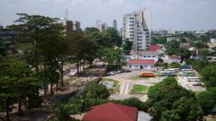 """Boulevard du 30 juin"" in Gombe, Kinshasa."