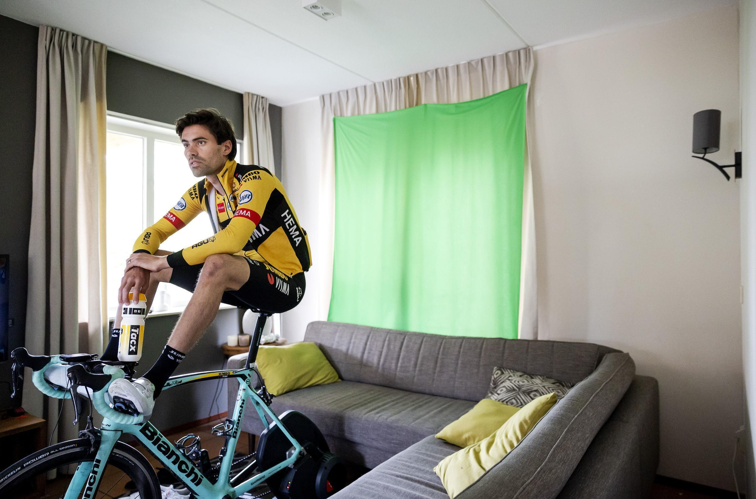 Tom Dumoulin of Jumbo-Visma waiting for the virtual Amstel Gold race to start