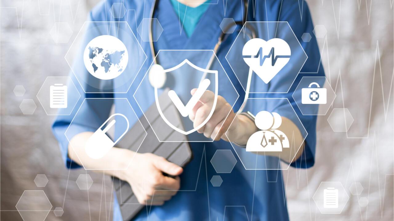 Nos données de santé sont aujourd'hui stockées partout: dans notre carte vitale, quand nous allons chez le médecin ou à la pharmacie, lors d'une vaccination ou de la prise d'un rendez-vous sur une p…