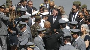 Bolsonaro participa en la graduación de militares en Rio el 29 de marzo, dos dias antes del aniversario 55 del Golpe