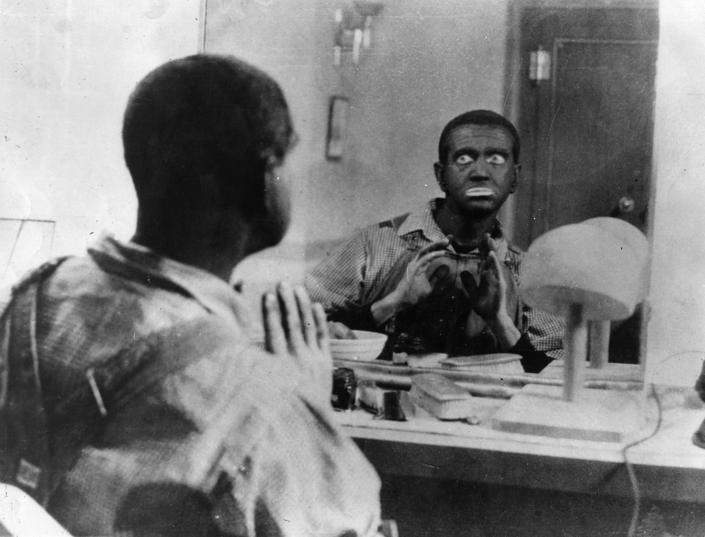 Le comédien américain Al Jolson (1886-1950) pratiquait le blackface.