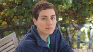 Maryam Mirzakhani lecionava matemática na Universidade de Stanford, na Califórnia