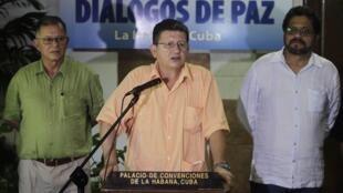 O negociador das Farc, Pablo Catatumbo, durante coletiva de imprensa em Havana, em foto do dia 10 de agosto de 2013.