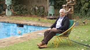 پرویز تناولی، مجسمهساز ایرانی
