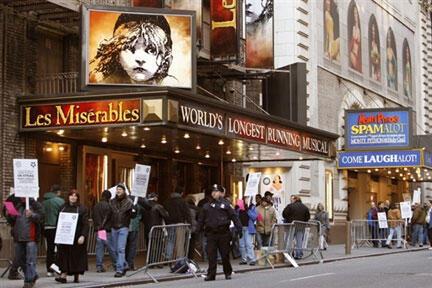 Jesus Christ Superstar cũng như Les Misérables nằm trong danh sách các vở nhạc kịch hay nhất mọi thời đại