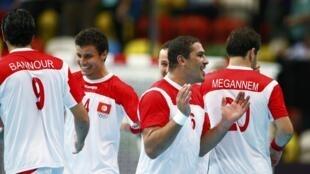 La joie des joueurs tunisiens après leur victoire contre les Argentins, le 6 août 2012.