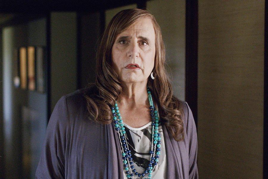 """Jeffrey Tambor é o herói de """"Transparent"""", um vovô que resolve """"sair do armário""""."""