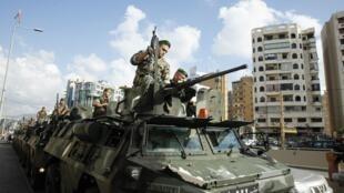 Des soldats de l'armée libanaise déployés dans banlieue-sud de Beyrouth, le 23 septembre 2013.