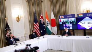 美國總統拜登與副總統賀錦麗2021年3月12日與日本,印度及澳大利亞政府領導人通過視頻,舉行最高級別四方安全對話。