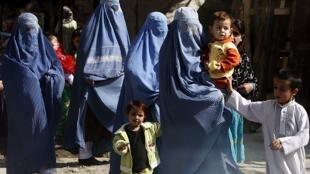 Les femmes craignent une radicalisation de la société afghane sous l'influence des talibans après le scrutin présidentiel de 2014.