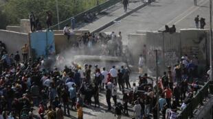 اعتراضات مردمی در عراق روز سهشنبه اول اکتبر با چند فراخوان در شبکههای اجتماعی آغاز شد.