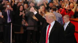 Le président élu Donald Trump, dans le hall du siège du New York Times, le 22 novembre 2016.