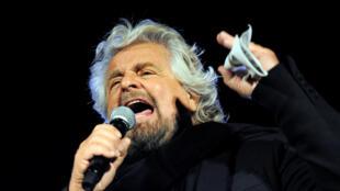 Beppe Grillo, leader du Mouvement 5 étoiles (M5S), lors d'un meeting à Palerme, en Sicile, le 3 novembre 2017.