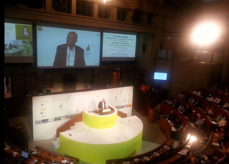 Sebastião Salgado também participou da conferência em Paris.