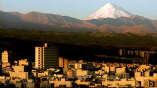 2020-05-07-IRAN-Tehran