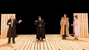 «La vie de Galilée» au Théâtre Montfort.