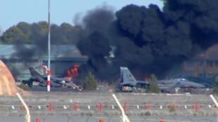 Choque do F-16 com outras aeronaves da base militar de Albacete, na Espanha, causou uma explosão seguida de um incêndio nesta segunda-feira (26).