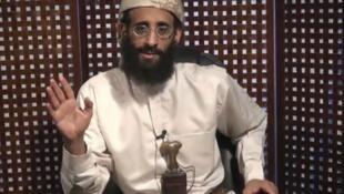 Anouar al-Aoulaki sur une image extraite d'une vidéo datant du 8 novembre 2010 provenant du site internet muslim.net.