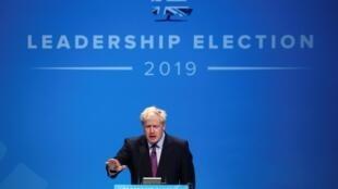 Boris Johnson est le favori dans la course à Downing Street face à Jeremy Hunt.