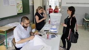 黎巴嫩9年來首次大選貝魯特南郊一投票站2018年5月6日