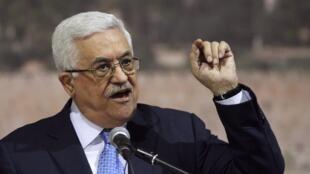 Le président palestinien Mahmoud Abbas lors d'un discours célébrant le 7e anniversaire de la mort de Yasser Arafat, à Ramallah, le 16 novembre.