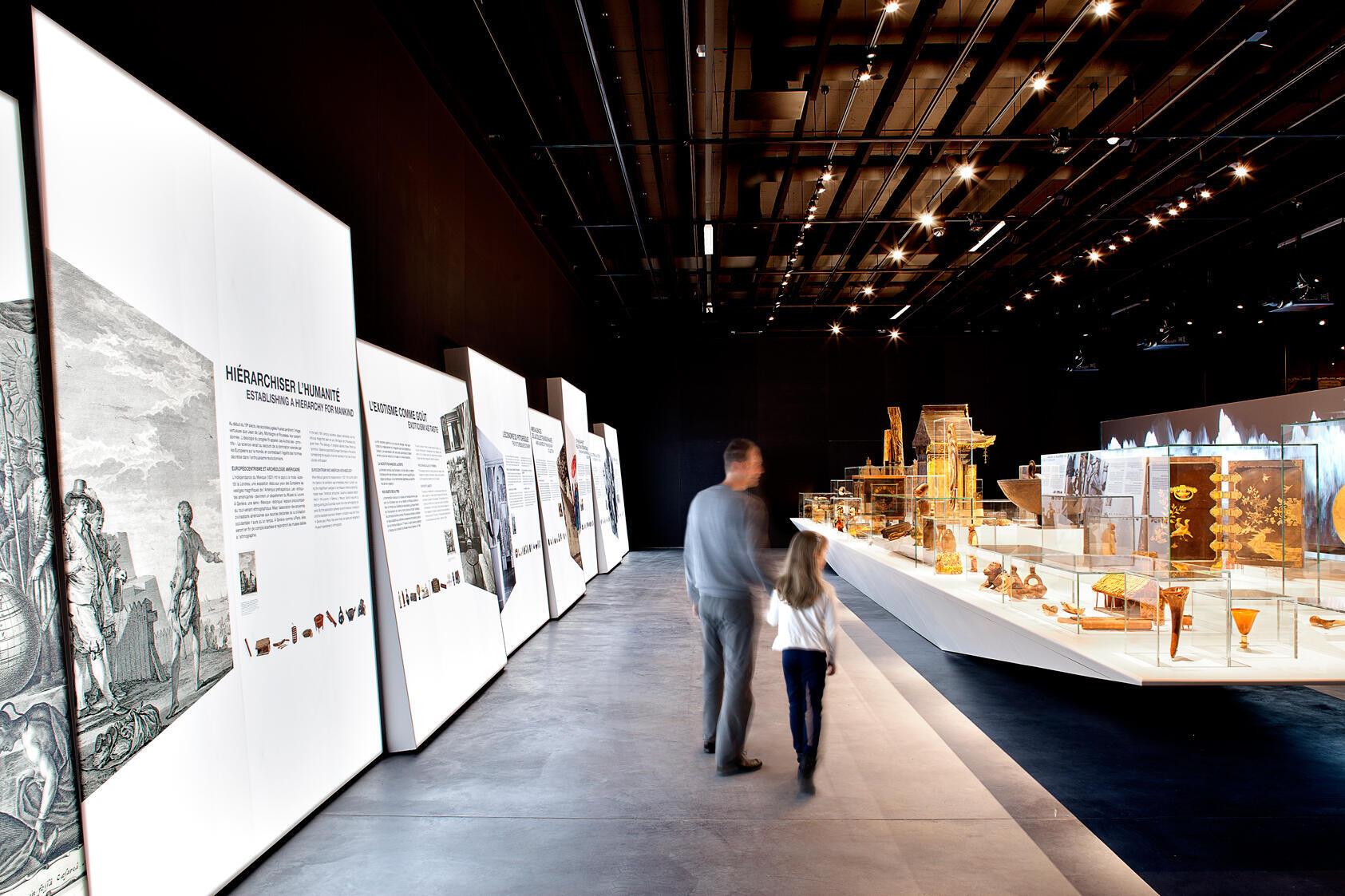 Le Musée d'ethnographie de Genève en Suisse rouvre après quatre années de travaux.