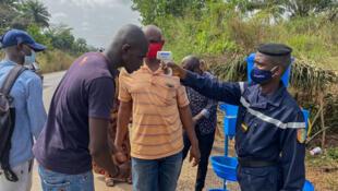 barrae sanitaire guinée ebola Gouecké Nzérékoré