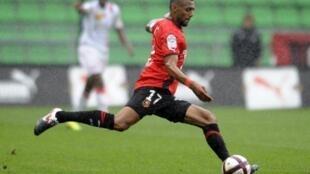 Yann M'Vila (Rennes), lors du match Rennes/Nancy, en septembre 2011.