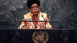 Catherine Samba-Panza, la présidente de la transition centrafricaine, à la tribune de l'ONU, à New York, le 26 septembre 2015.