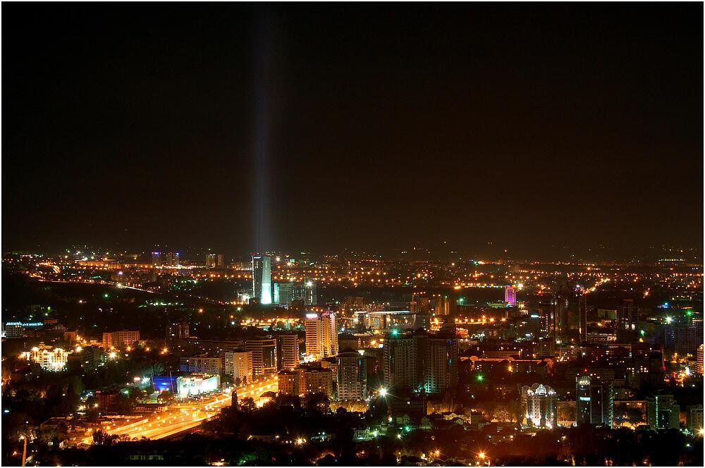 Алмата ночью