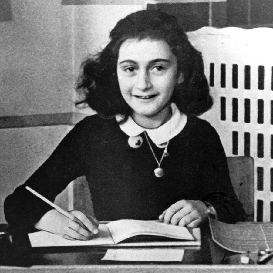 A menina Anne Frank antes da vida em confinamento