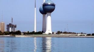 Les tours Koweït, l'un des monuments les plus connus de Koweït City.