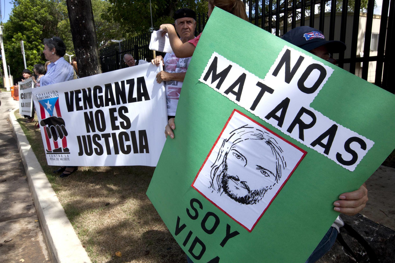 Пикет против с смертной казни в Сан Хуане (Пуэрто Рико)