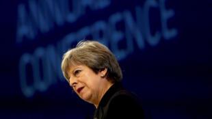 Thủ tướng Anh  tại hội nghị thường niên Tổng Liên đoàn Công nghiệp Anh ở Luân Đôn ngày 06/11/2017.