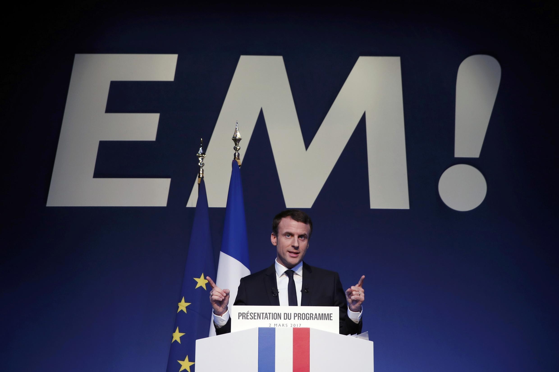 Ứng viên Emmanuel Macron thuộc phong trào En Marche! (Tiến Bước) công bố chương trình tranh cử tổng thống, Paris, ngày 02/03/2017.