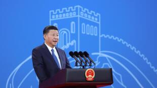 Chủ tịch Tập Cận Bình, hình ảnh của Trung Quốc đầu thế kỷ 21.