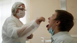 В России выявили максимальное число новых случаев заражения за последние месяцы