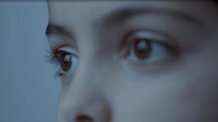 Fatima, la petite fille syrienne du documentaire de Magnus Wennman.