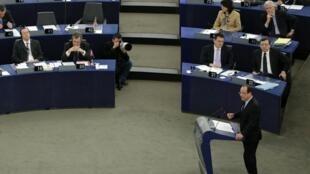 François Hollande, le 5 février 2013 devant le Parlement européen.