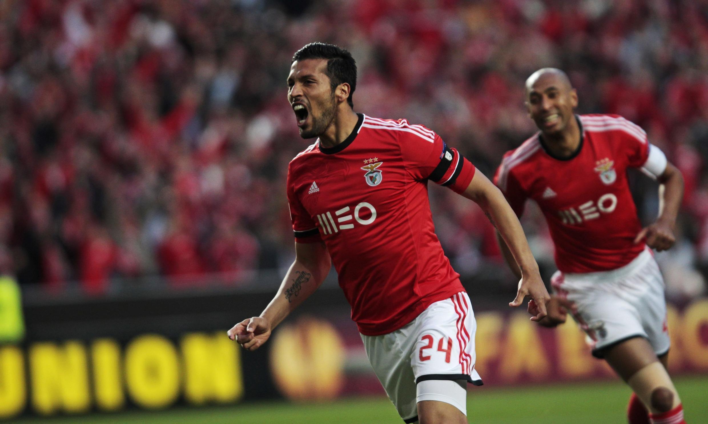 Ezequiel Garay (centro), defesa-central argentino do Benfica, apontou o primeiro golo dos encarnados frente à Juventus.